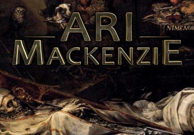 L'univers d'Ari Mackenzie